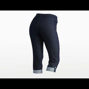 NYDJ Capri style cuffed pants. Dark wash. Size 6